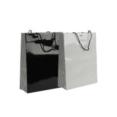 luxe-papieren-draagtas-papitta-zwart-wit-32-12-41-101326.png