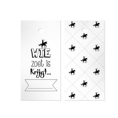Hangkaartjes-met-boorgat_Sint_wie-zoet-is-0118439.png